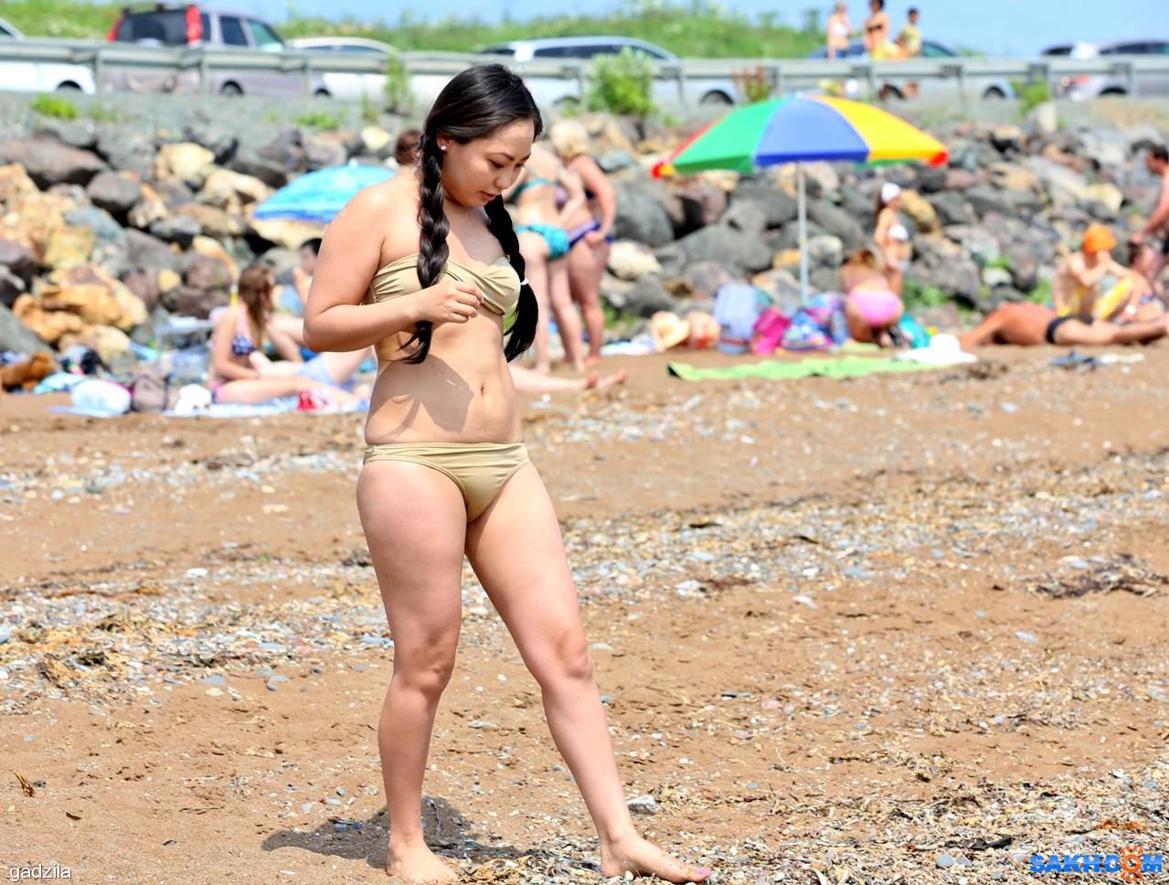 gadzila: На пляже Пригородного