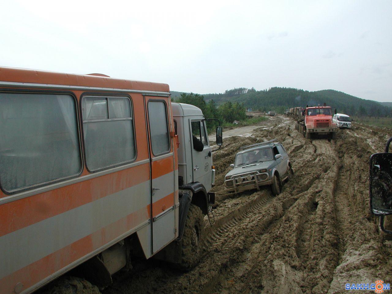 Oreshka: Автодорога Оха-Ноглики 2003 г.
