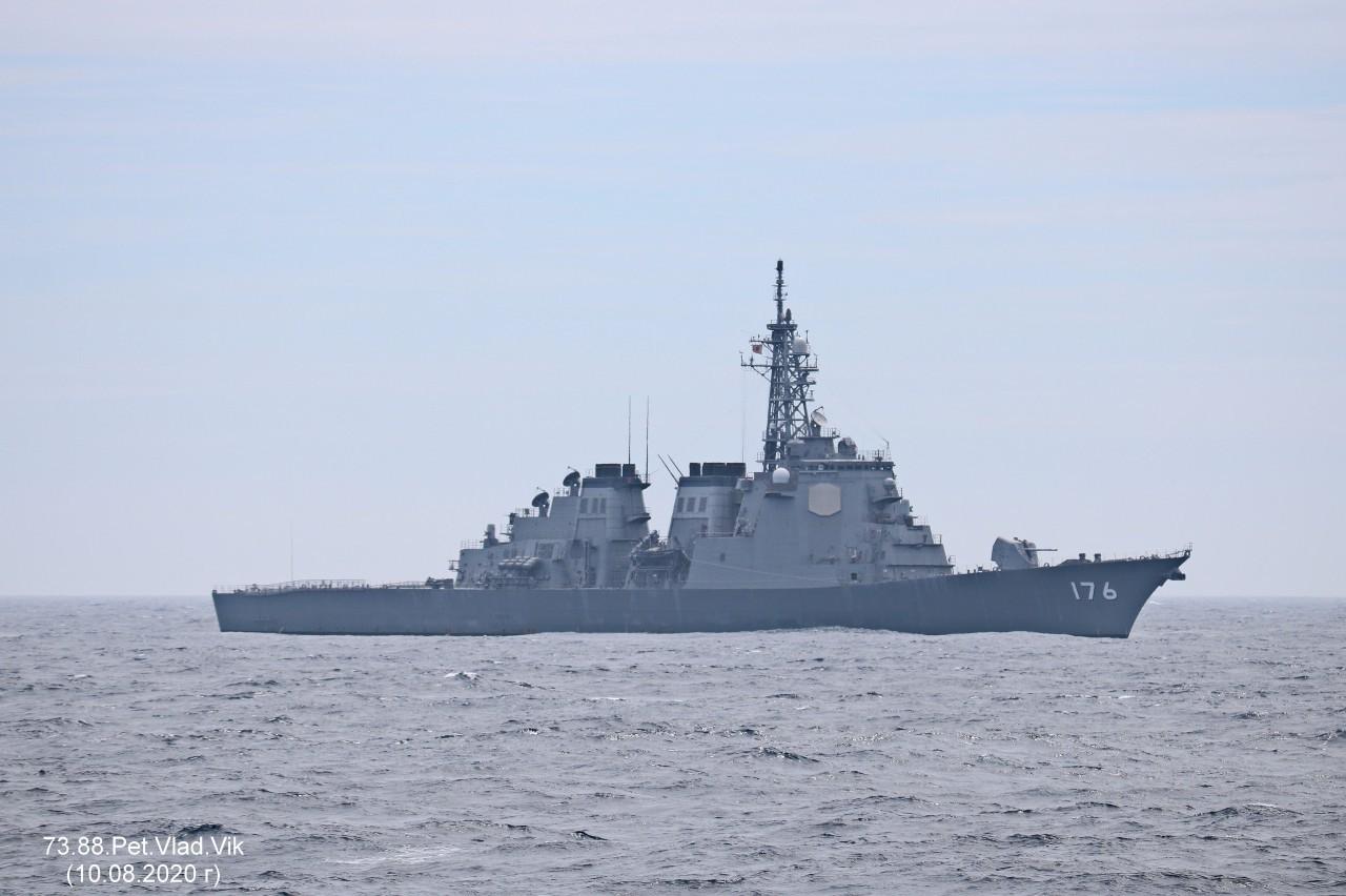 7388PetVladVik: Японский корабль в Японском море.