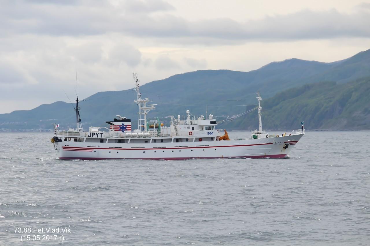 7388PetVladVik: RIASU  MARU.    (Исследовательское судно промыслового флота).   (IMO  9238947,  MMSI 432288000,  CS JPYT).   Порт Отару.