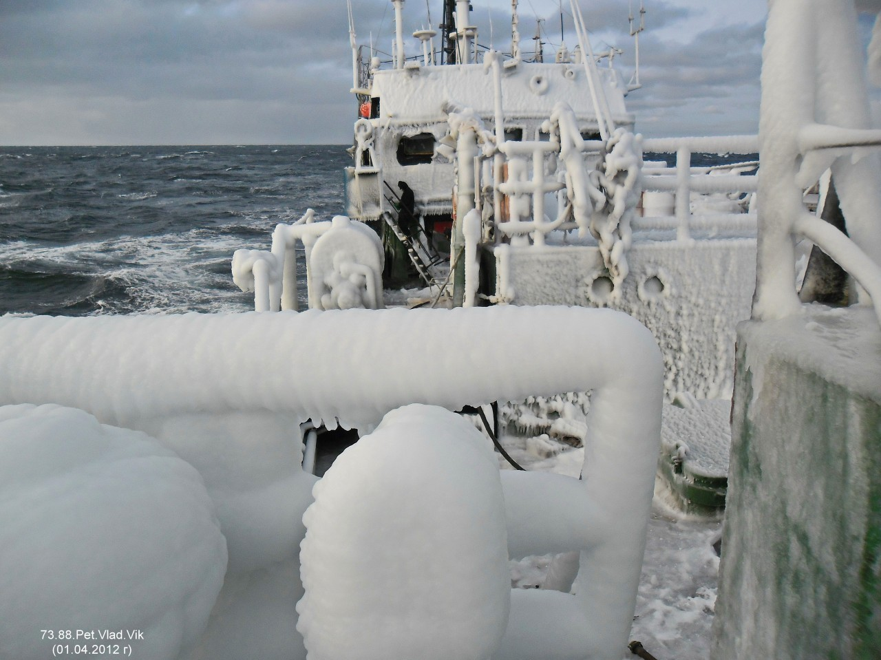7388PetVladVik: Морские картинки.  В Татарском проливе.