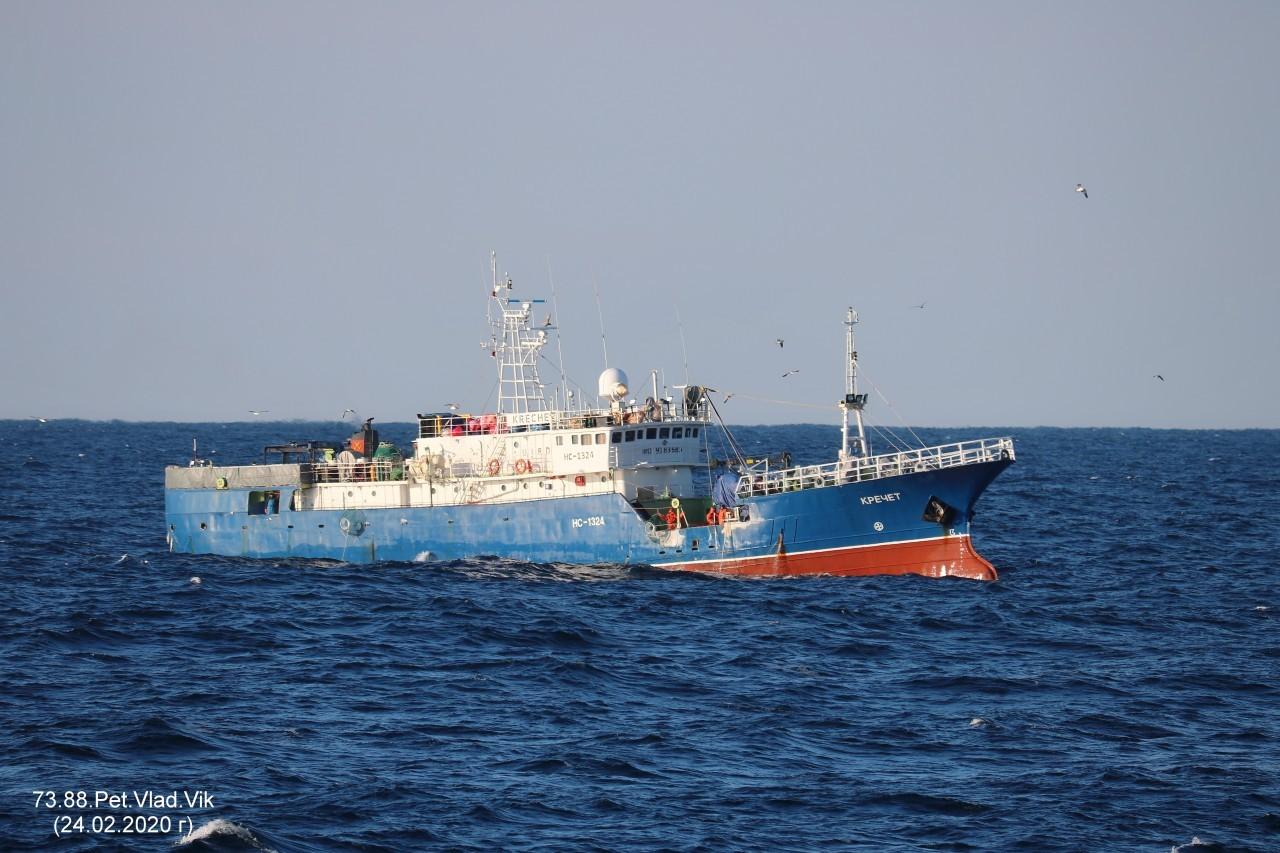 7388PetVladVik: КРЕЧЕТ.   (Бывший  ОСТРОВНОЙ-5,   СОКОЛ,  УДАЧЛИВЫЙ,  DONG YIN No.688.     IMO 9183685,  MMSI 273351040,  CS  UIRD).  Японское  море.