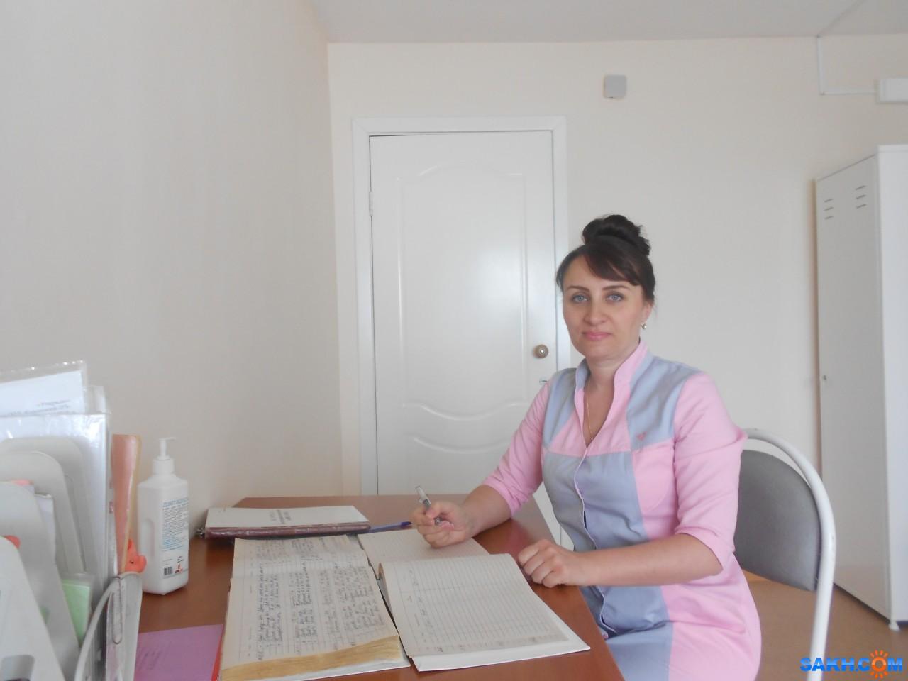 Трахнул медсестру у неё в кабинете, Клиент трахнул медсестру в кабинете 13 фотография
