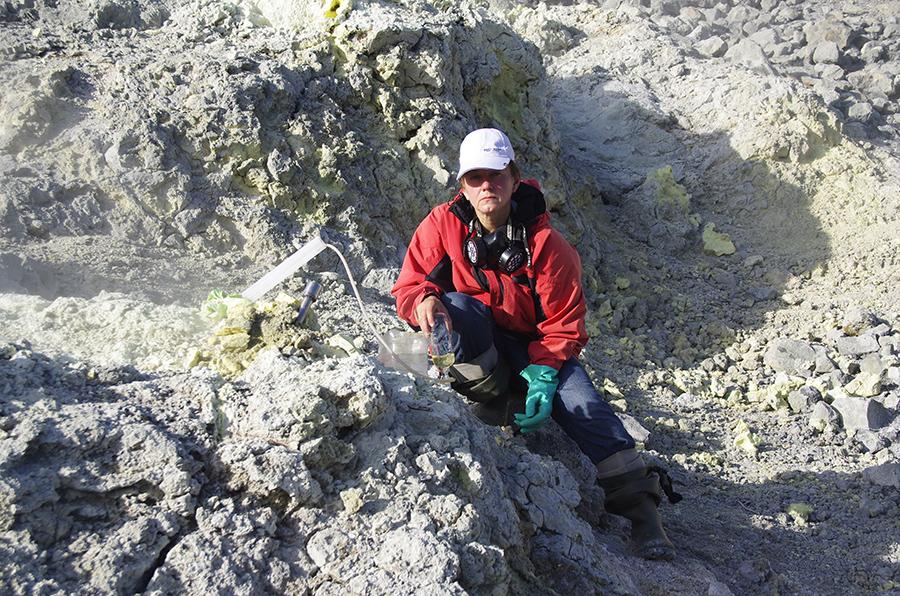 Кандидат географических наук, старший научный сотрудник института вулканологии и сейсмологии олег дирксен считает