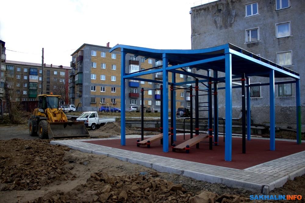 Первая воркаут-площадка под навесом скоро откроется!