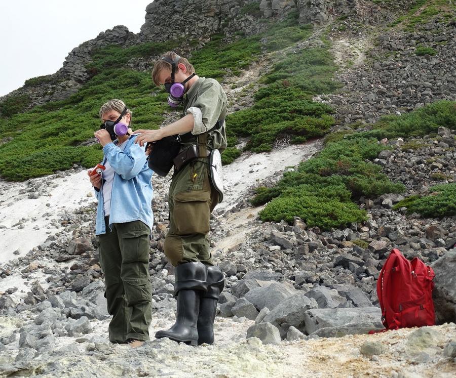 Вулканологам представилась возможность посетить и провести обследование извержений