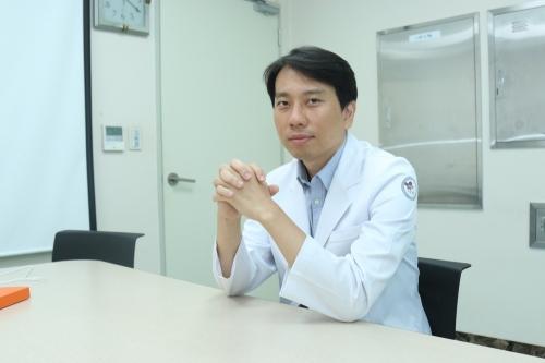 Доктор Лим, больница Седжон