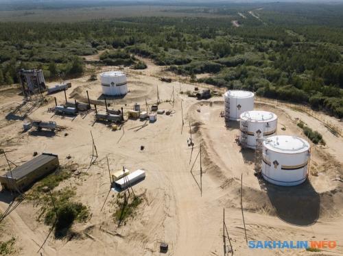Нефтепарк Даги, куда стекается нефть практически совсего Ногликского района