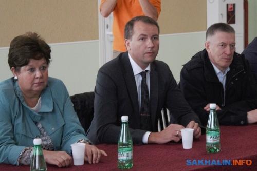 Егор Умнов (в центре)
