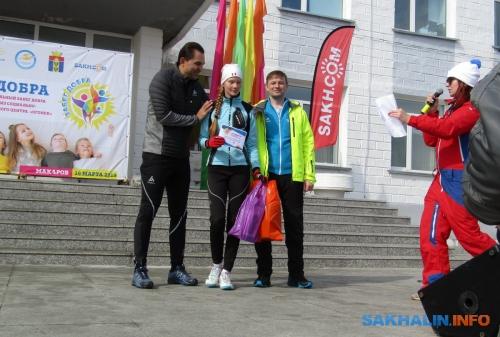 Виктория Бубликова (в центре)