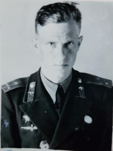 Серов Михаил Васильевич