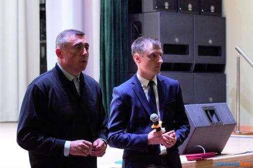 Сергей Камелин (справа)