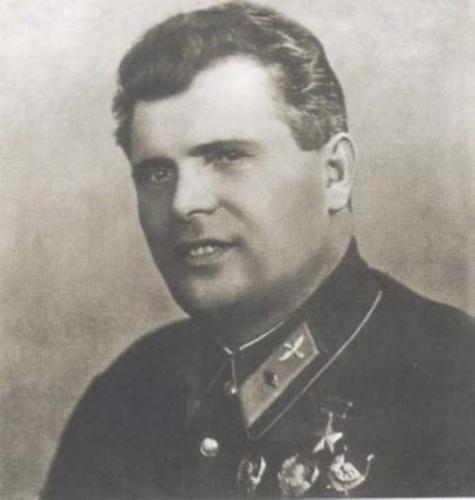 Герой Советского Союза, летчик Михаил Васильевич Водопьянов  (1899— 1980 г.)
