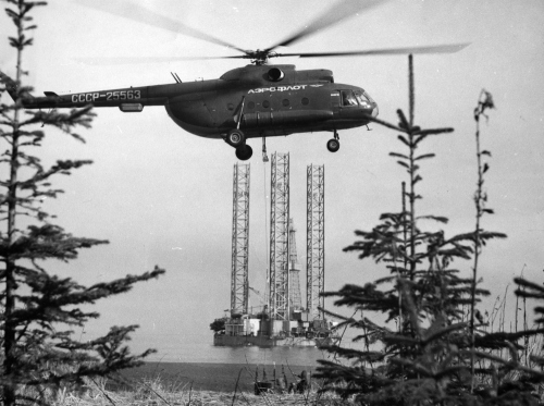 Буровая установка. Шельф, северо-восточное побережье, 1980 год
