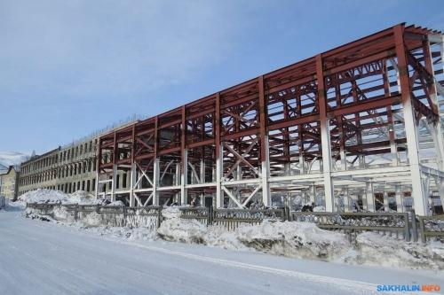 Строящаяся школа вСеверо-Курильске, фото Сергея Лакомова