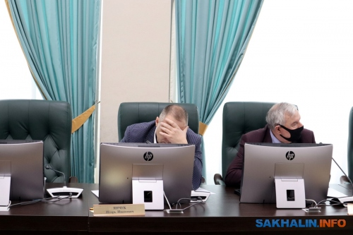 Игорь Янчук (слева)