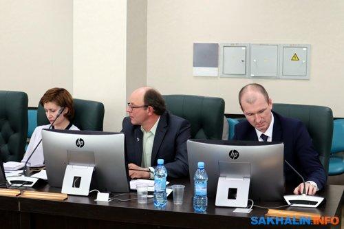 Дмитрий Лисицын в центре