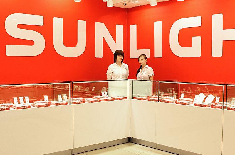 1e486df88b6f Сейчас в России открыты более ста фирменных магазинов и гипермаркетов  Sunlight Brilliant и еще более 1000 ювелирных магазинов, которые продают  украшения ...
