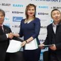 """Подписано соглашение о спортивных обменах между детскими сборными футбольных клубов """"Сахалин"""" и """"Сувон"""""""