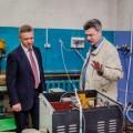 Мэру Южно-Сахалинска представили аппарат местного производства для автономного резервного теплоснабжения