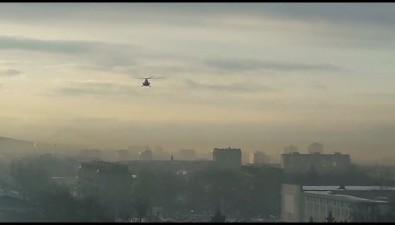 Вертолет Росгвардии летает надЮжно-Сахалинском