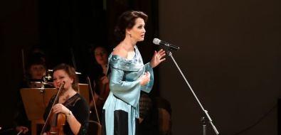 Ценители Анны Ахматовой приглашаются наспектакль Ольги Кабо иНины Шацкой