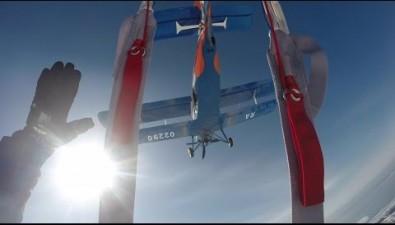 На Пушистом состоялась выброска парашютистов ссамолета Ан-2