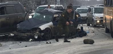 В серьезном ДТПна корсаковской трассе пострадали военнослужащие, один человек погиб