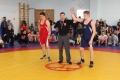 Спортсмены изчетырех районов Сахалинской области собрались натурнире повольной борьбе вНогликах