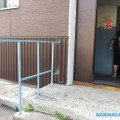 После прямой линии Sakh.com макаровчанину установили поручни возле дома