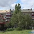 В Южно-Сахалинске приступили кремонту крыш домов, пострадавших вовремя циклона