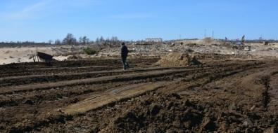 """Охинская мэрия и""""РН-Сахалинморнефтегаз"""" пытаются остановить незаконное захоронение нефтесодержащих отходов московскими фирмами"""