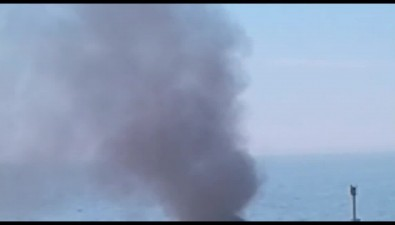 В Корсаковском порту загорелось пришвартованное рыболовецкое судно