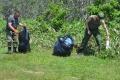 Жители Кунашира убрали мусор сберегов озера Лагунного