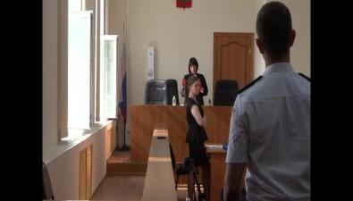 Артюхова требует отвода судьи поделу Хорошавина