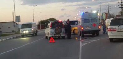 Два внедорожника неподелили перекресток вНовоалександровске