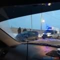 На улице Ленина вЮжно-Сахалинске малолитражка попала вутреннее ДТП