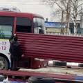 Южно-сахалинские водители перевозят впассажирских автобусах стройматериалы
