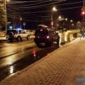 В Южно-Сахалинске небольшой внедорожник врезультате ДТПвъехал вограждение