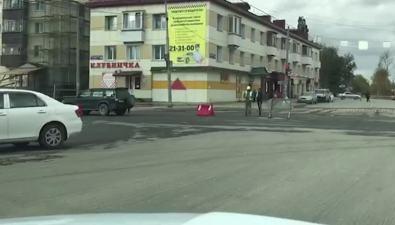 Жители областного центра встали впробку наулице Сахалинской
