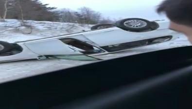 В районе Второй Пади перевернулась Toyota Corolla Fielder