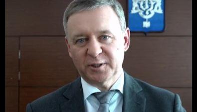Мэр Южно-Сахалинска Сергей Надсадин поздравил горожанок с8 Марта
