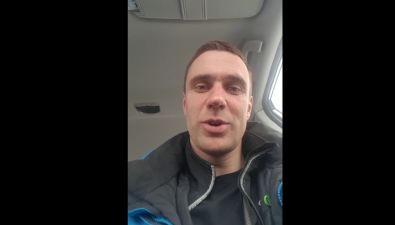 """Участник проекта """"Мэр"""" Артем Лазарев поздравил сахалинок с8 Марта ирассказал анекдот"""