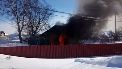 На улице Парниковой вДальнем сгорел дом