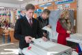 Губернатор Сахалинской области отстоял очередь, чтобы проголосовать навыборах президента