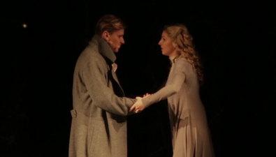 Александр Балуев иГлеб Матвейчук признаются влюбви кМарии Иващенко насахалинской сцене
