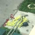 Следователи проводят проверку пофакту смерти 23-летней южносахалинки, выпавшей изокна квартиры напятом этаже