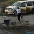 Река Еланька превратилась вавтомойку длятаксистов