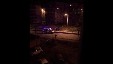 В ночной потасовке вХолмске местному жителю порезали бутылкой горло