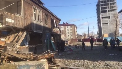"Две полуразрушенные ""заброшки"" портят видЮжно-Сахалинска"